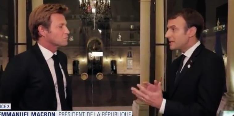 Macron DElahousse